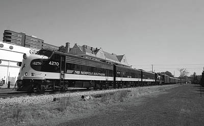 Photograph - Norfolk Southern 4270 by Joseph C Hinson Photography