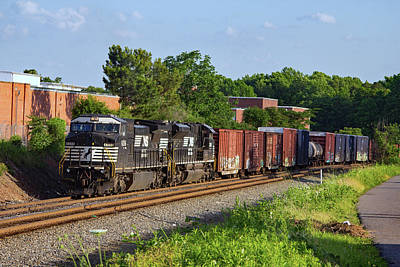 Photograph - Norfolk Southern 8356 Color by Joseph C Hinson Photography