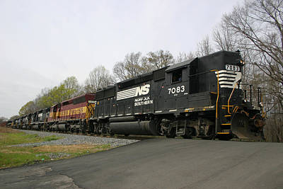 Photograph - Norfolk Southern Gp 50 #7083 by Joseph C Hinson Photography