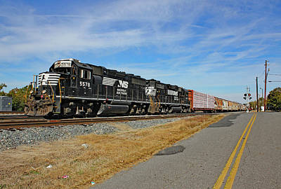 Photograph - Norfolk Southern In Chester 10 Color by Joseph C Hinson Photography