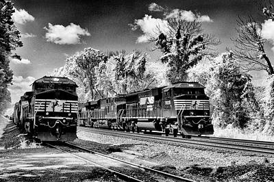 Photograph - Norfolk Southern On Sidings by Paul W Faust - Impressions of Light
