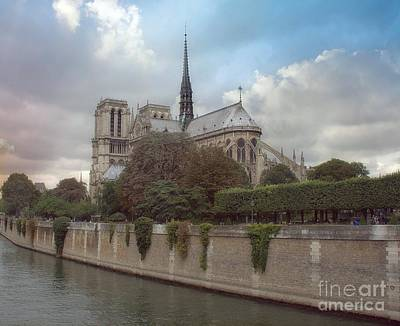 Photograph - Norte Dame De Paris by Lilliana Mendez