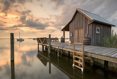 Photograph - North Carolina Manteo Historic Fisherman's Net House by Mark VanDyke