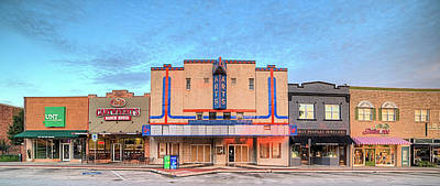 Photograph - North Elm Street Denton by JC Findley