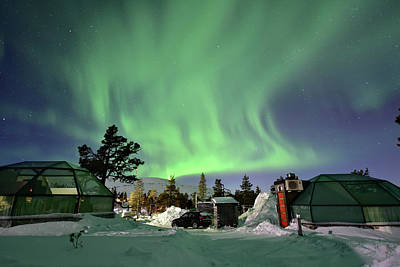 Northern Lights And Glass Igloo Art Print by Edwin Verin