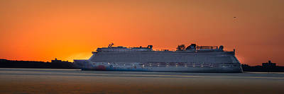 Photograph - Norwegian Breakaway by Kenneth Cole