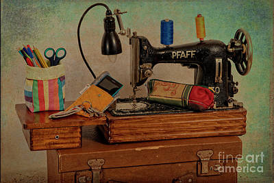 Photograph - Nostalgic Sewing Machine by Heiko Koehrer-Wagner