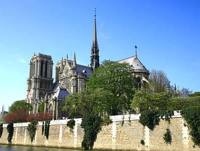 Notre Dame Art Print by Hans Jankowski