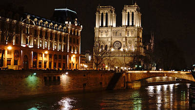 Photograph - Notre Dame Over The Seine Paris France by Lawrence S Richardson Jr