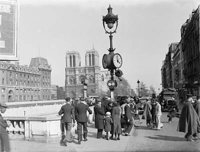 Photograph - Notre Dame Paris 1936 by Andrew Fare