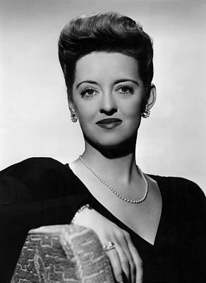 Now, Voyager, Bette Davis, 1942 Print by Everett