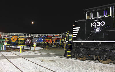 Photograph - Ns Heritage Locomotives Family Photographs 1030 Night 72 by Joseph C Hinson Photography