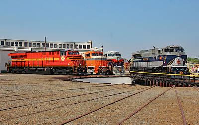 Photograph - Ns Heritage Locomotives Family Photographs 1070 V by Joseph C Hinson Photography