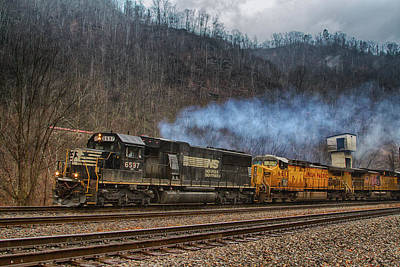 Wall Art - Photograph - Norfolk Southern Train 83a At Farm by Cliff Middlebrook