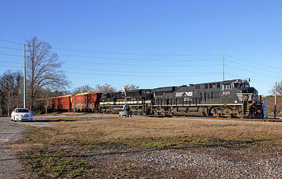 Photograph - Ns Wood Chip Train In Newberry by Joseph C Hinson Photography