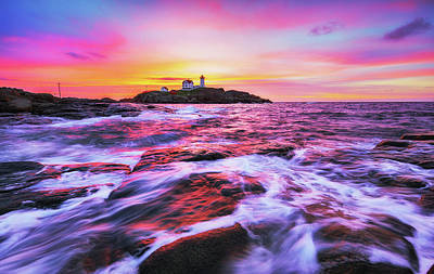 Photograph - Nubble Light Dreamy Sunrise by Robert Clifford