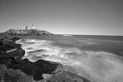 Nubble Light In York Me Cape Neddick Black And White Art Print by Toby McGuire