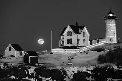Photograph - Nubble Lighthouse 2018 New Year Supermoon Cape Neddick Black And White by Toby McGuire