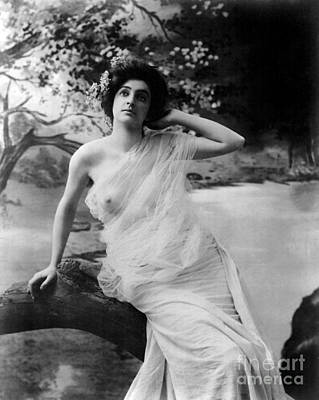 Suggestive Photograph - Nude Model, 1903 by Science Source