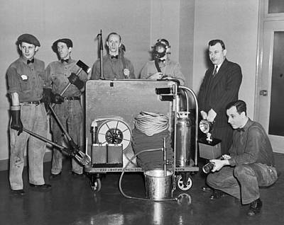 Machinery Photograph - Nyc Civil Defense Team by Underwood Archives