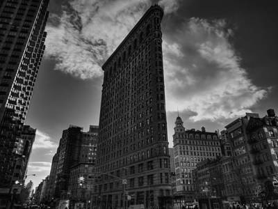 Photograph - Nyc - Flatiron Building 001 Bw by Lance Vaughn