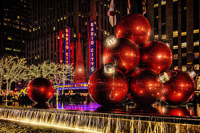 Art Print featuring the photograph Nyc Holiday Balls by Chris Lord