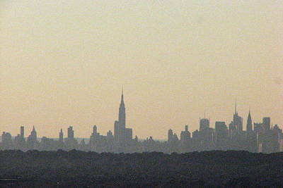 Photograph - Nyc Skyline At Sunset by T Guy Spencer