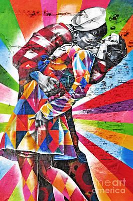 Nyc Street Art - The Kiss Art Print by Regina Geoghan