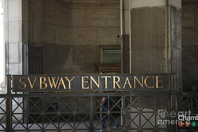 Photograph - Nyc Subway Entrance Sign by John Telfer
