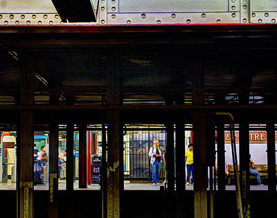 Photograph - Nyc Subway Platform 283 by Jeff Stallard