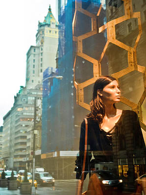 Photograph - Nyc Urban Muse, Maiden Of Ny by David Perea