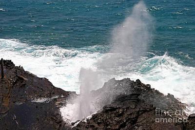 Photograph - Oahu Blow Hole by John Stephens