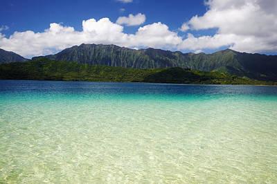 Photograph - Oahu, Kaneohe Bay by Tomas del Amo - Printscapes