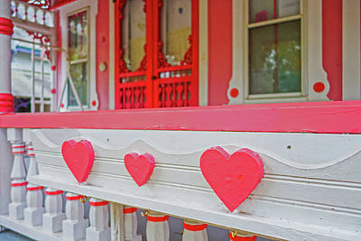 Photograph - Oak Bluffs Cottages Martha's Vineyard Ma Cape Cod Autumn Red Hearts by Toby McGuire