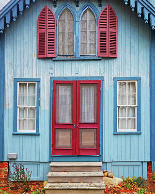 Photograph - Oak Bluffs Cottages Martha's Vineyard Ma Cape Cod Blue by Toby McGuire