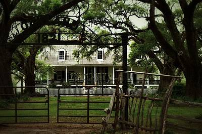 Photograph - Oakland Plantation Natchitochr by Nadalyn Larsen