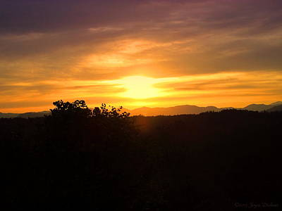 Photograph - Oakrun Sunset by Joyce Dickens
