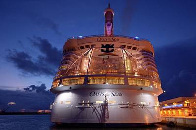 Photograph - Oasis Of The Seas At  Twilight  by Bradford Martin