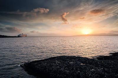 Oban Sunset Art Print by Grant Glendinning