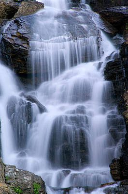 Photograph - Oberlin Falls-closeup by Larry Kjorvestad