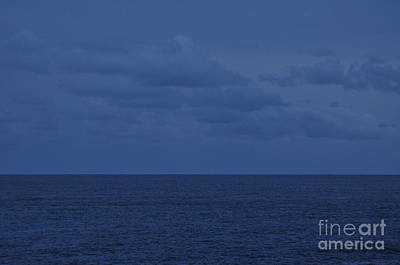 Horizontal Photograph - Ocean 8070 by MingTa Li