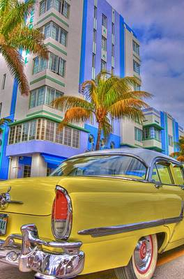 Deco Photograph - Ocean Drive by William Wetmore
