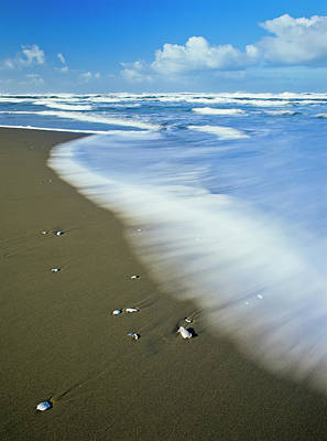 Photograph - Ocean Motion by Robert Potts