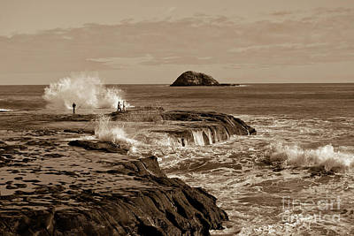 Print featuring the photograph Ocean Splash by Yurix Sardinelly