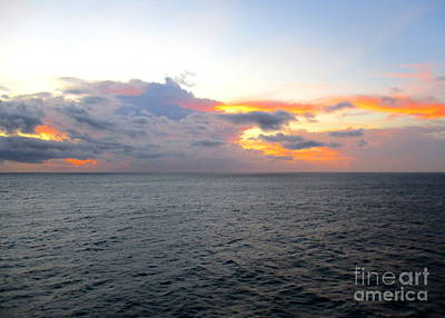 Photograph - Ocean Sunrise 8 by Randall Weidner