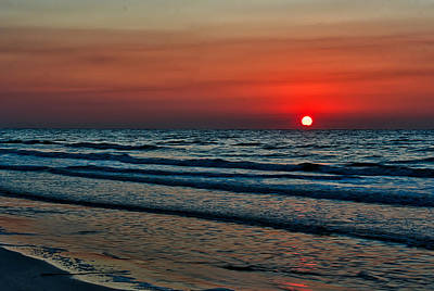 Photograph - Ocean Sunrise by Robert Brown