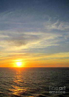 Photograph - Ocean Sunset 17 by Randall Weidner