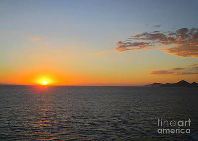 Photograph - Ocean Sunset 19 by Randall Weidner