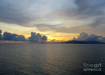 Photograph - Ocean Sunset 26 by Randall Weidner