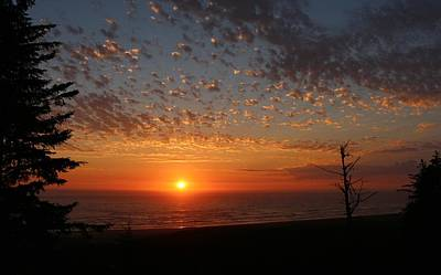 Photograph - Ocean Sunset In Washington by Christy Pooschke